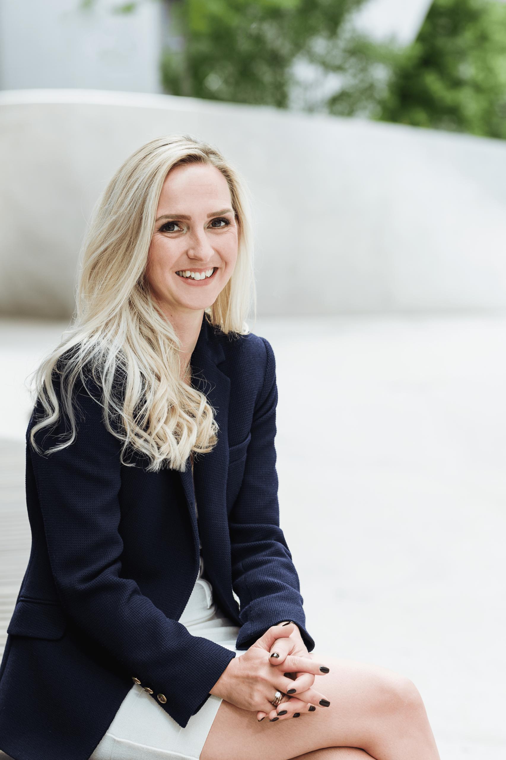 Katharina E. Gangnus LWYRD!